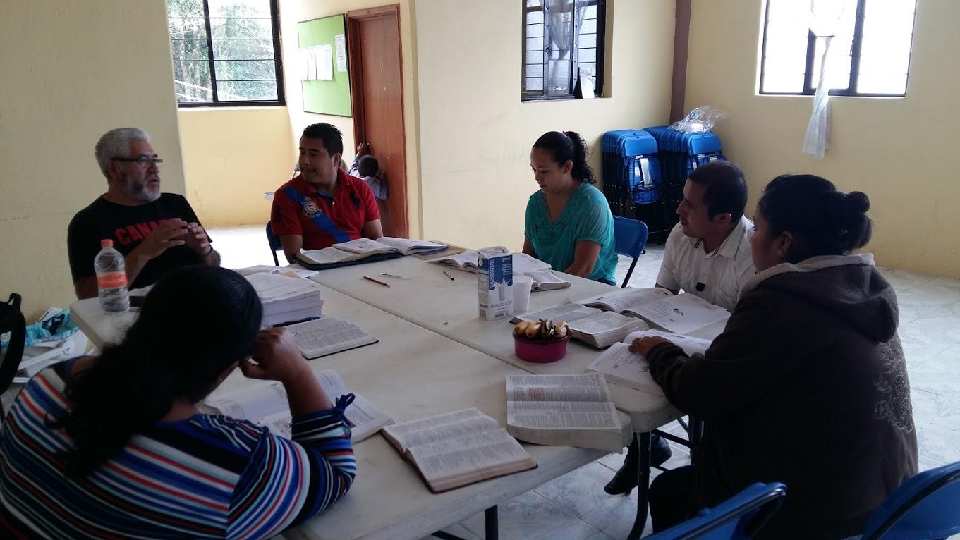 Saturday morning teaching group in Zacapoaxtla.