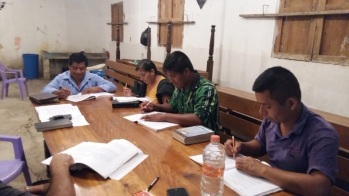 Sunday morning teaching group in San Miguel.