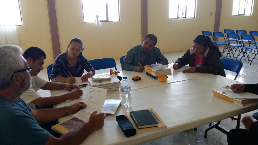 Saturday morning teaching group in Zacapoaxcla