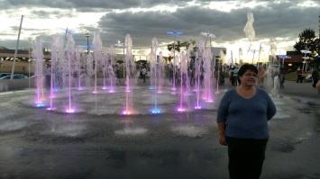 Fountain at La Estrella with Phil's sister.