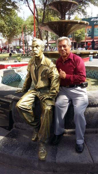Ramos with Tin Tan.
