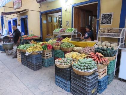 Market in Zacapoaxtla